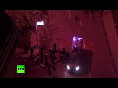 Cairo cops strip & beat protester as clashes continue (video)