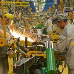 AFPFadel-Senna-Employees-work-on-a-production-line-at-the-new-Renault-plant-in-Tangier..jpg