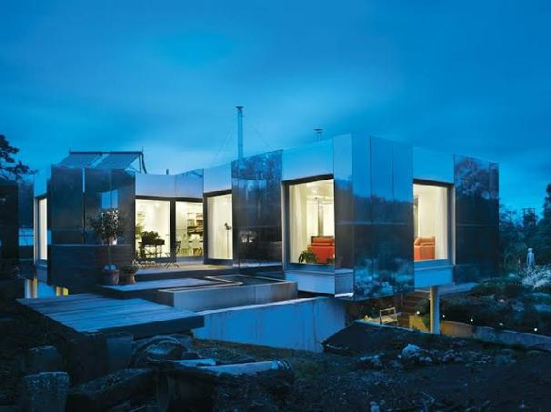The Top 5 Tech Savvy Homes To Envy
