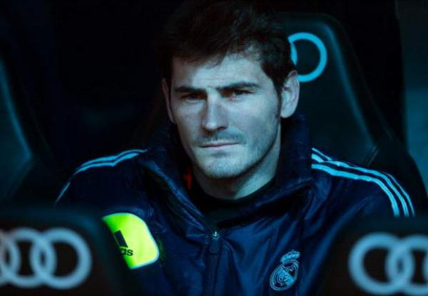 811849thumbnail-php-qfile-CAsillas-196798070-jpg-asize-article-large-pagespeed-ce-MpyYTgA-z8811849.png