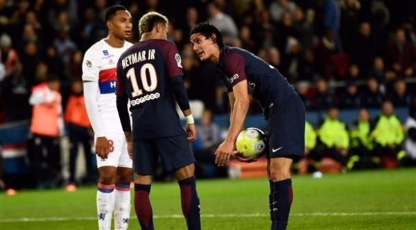 838972thumbnail-php-qfile-cavani-406286724-jpg-asize-article-large-pagespeed-ce-4hbWiwJIcb838972.png