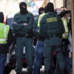 882053espagne-police-888632123882053.png